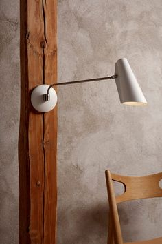 Birdy by Northern Lighting is a table, wall and floor lamp series designed in in a modernist style. Birdy is available in off-white or black. Lighting Online, Shop Lighting, Interior Lighting, Lighting Design, Wall Reading Lights, Wall Lights, Wall Lamps, Long Lamp, Desk Lamp