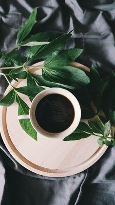 black cup of coffee calories # tasse noire de calories de café taza negra de calorías de café # calorie nere della tazza di caffè # siyah fincan kahve kalori Great Coffee, Coffee Art, Coffee Shop, Coffee Cups, Coffee Lovers, Decaf Coffee, Coffee Company, Hot Coffee, Coffee Tasting