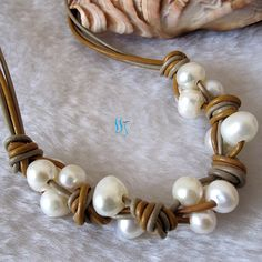 Pearl Necklace - 18 inches 8-10mm White Freshwater Pearl Orange Khaki Leather String Necklace - Free shipping on Etsy, 8,35 €