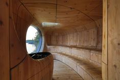Unique and innovative, this might be a once in a lifetime experience as you don't have the view the Grotto Sauna offers in any other saunas. The feeling it gives, enjoying a sauna in a cave, even in a wooden cave, that's something you don't forget soon. Organic Architecture, Architecture Details, Interior Architecture, Sauna Wellness, Sauna Design, Lake Huron, Toronto, Aging Wood, Steam Room
