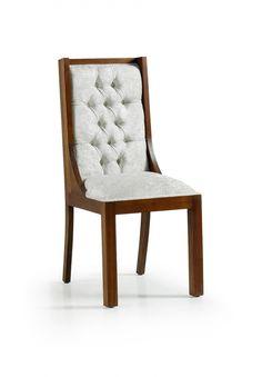 Cette chaise doit son élégance et son design à l'association  entre un bois exotique : le Mindy massif et du tissu. Dans votre cuisine ou salle à manger, vous serez confortablement installé dans cette chaise grâce à son coussin et à son dossier en tissus. Ce meuble de la collection Spar fait partie des ambiances Campagne, Exotique, Chic et Contemporain. Son poids est de 9 kg.  On dirait le sud reste à votre disposition pour vous conseiller.