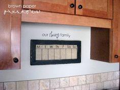 DIY {burlap dry-erase weekly calendar} - Simply Kierste