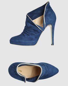 c558d602b 13 Best Louis Vuitton shoes images   Louis vuitton shoes, Louis ...
