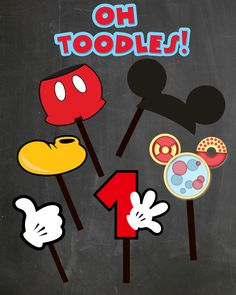 FREE PHOTO PROPS Mickey Mouse printable & templates