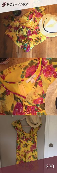 Twenty One Yellow Floral Dress This is the cutest spring dress...ever💛 The brand is Twenty One, and the dress is in perfect condition. There is a zipper all the way down the back. Offers are always welcome✨ twenty one Dresses