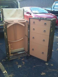 Vintage olive green Hartmann Steamer Travel Trunk/storage unit with key. Quality does not diminish over time.