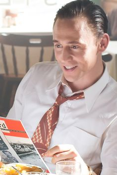 Tom Hiddleston as Hank Williams in I Saw The Light. Full size image: http://www.mongrelmedia.com/MongrelMedia/files/79/79f73698-fa5a-44b4-854a-e084b4315d1d.jpg Source: http://www.mongrelmedia.com/film/i-saw-the-light.aspx