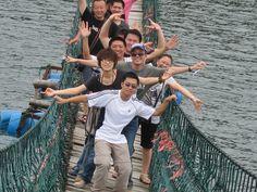 战战兢兢走危桥~合肥快乐大本营 Crossing the troubled waters in Hefei ~ July 2010
