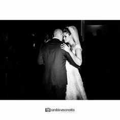A dança dos noivos!!   Casamento Júlia e Fernando  Conheça mais do nosso trabalho em: candidavasconcellos.com.br