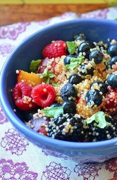 High protein, high fiber, and low fat snacks are perfect before a workout. Try quinoa and fruit to have a tasty snack.