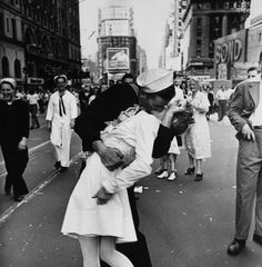 A couple kisses in Times Square after the announcement of the victory over Japan in 1945.
