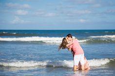 Ensaio fotográfico de Casal realizado na Praia do Iporanga, Guarujá/SP por Stephânia de Flório fotografia