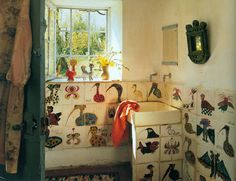 home of  french ceramic artist marguerite 'guidette' carbonell (1910-2008) World of Interiors Oct 07