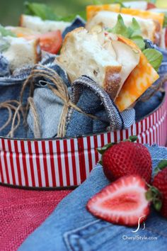 DIY denim sandwich wrap napkins