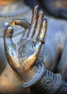 Brigido Anaya @cybercuichi 2m  Wear your heart  On your hand  Don't be afraid Of giving it away  No matter how  Many times has  Been broken  Courage! Statues, Image Zen, Little Buddha, Sculpture, Yoga Meditation, Buddhist Meditation, Meditation Space, Meditation Quotes, Buddhist Nun