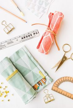 rollup organizer for craft and art supplies (and 40+ other DIY holiday gift ideas that don't suck)