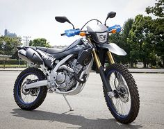 STUSSY X HONDA – CRF250L MOTORBIKE