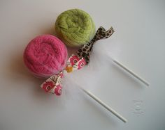 Dish Towel Lollipop - would be cute in a basket with ingredients for a meal
