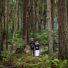 Married in the family home and photos in a stunning forest. This Washington Wedding was full of personal moments