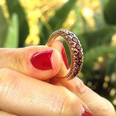 14k Solid Gold Vintage Handmade Garnet Gemstone Ring #jewelry #fashion #accessories #woman #girls #gemstone #gemstonejewels #style #rings