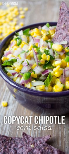 Copycat Chipotle Corn Salsa - A version of your favorite Chipotle salad is just six ingredients away. Skinny Mom shows you how it's done using red onions, lime, salt, sassy jalapenos, and a bag of frozen corn. Chipotle Recipes, Mexican Food Recipes, New Recipes, Vegan Recipes, Cooking Recipes, Favorite Recipes, Chipotle Corn Salsa Recipe Copycat, Dinner Recipes, Recipies