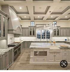 Dream House Interior, Luxury Homes Dream Houses, Home Interior Design, Modern Mansion Interior, Interior Architecture, Elegant Kitchens, Luxury Kitchens, Beautiful Kitchens, Custom Kitchens