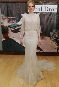 10 Sexy Wedding Dress Silhouettes That Will Steal All of the Attention