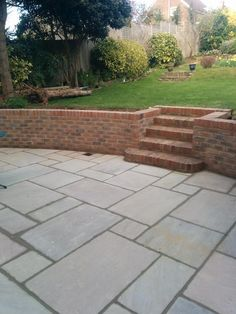 Garden Steps made in Brick, Railway Sleepers. Stone Patio Designs, Backyard Patio Designs, Backyard Landscaping, Brick Wall Gardens, Brick Garden, Garden Retaining Wall, Sloped Garden, Retaining Wall Bricks, Brick Steps