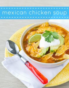 In only 30 minutes, cook up this flavorful Mexican Chicken Soup with vegetables, chicken, and fun garnishes such as avocado, cheese, and tortilla chips.| Culinary Hill | #CincoDeMayo