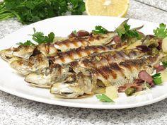 Sardine la grătar cu măsline, lămâie şi capere Fish And Seafood, Pork, Turkey, Vegan, Chicken, Cake, Diet, Pork Roulade, Peru