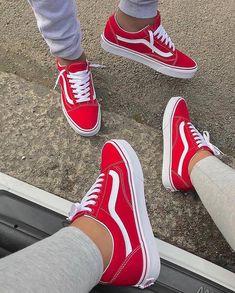 Vans Sneakers, Sneakers Mode, Vans Shoes, Gucci Sneakers, Vans Sk8 Hi Outfit, Adidas Outfit, Red Vans Outfit, Sneakers Fashion Outfits, Fashion Shoes