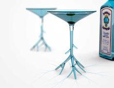 Vaso botánico Benjamin Hubert ha diseñado esta copa de Martini, cuya base se asemeja a las raíces de una planta.