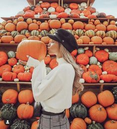 Untitled October 29 2019 at fashion-inspo Pumpkin Patch Pictures, Pumpkin Photos, Pumpkin Patch Outfit, Autumn Aesthetic, Autumn Photography, Fall Photos, Cute Fall Pictures, Fall Pics, How To Pose