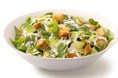 Cuisinez vos croûtons, votre vinaigrette et obtenez la meilleure salade César possible !