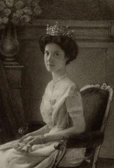 Archiduchesse Elisabeth Franziska de Habsbourg (1892-1930) fille aînée de l'archiduchesse Marie-Valérie, épouse de Georges comte de Waldbourg à Zeil (1878-1955)
