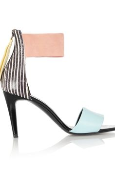 Fresh artsy pumps, perfect for spring.