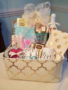 engagement or bridal shower gift basket idea dyi gift baskets bridal gift baskets gift