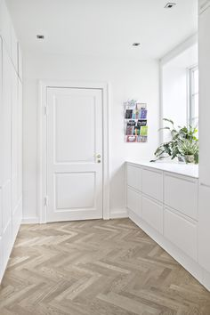 Boxone Interior Architecture, Interior Design, White Oak Floors, Maine House, Cozy House, Home Projects, Sweet Home, New Homes, Bootroom