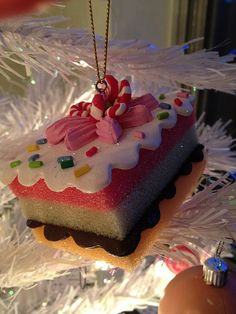 sweets for the kitchen tree Peacock Christmas Tree, Christmas Trees For Kids, Christmas Holidays, Christmas Wreaths, Christmas Crafts, Christmas Ornaments, Christmas Ideas, Xmas, Candy Land Christmas