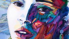 Ruska vytváří portréty pouze skládáním barevného papíru