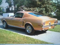 Ford Mustang Fastback R code 428 GT - 1968