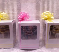 Daisy and Marshmallow Pops #wedding #cakepops #wickedpops
