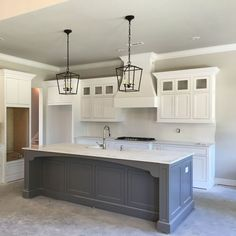 Supreme Kitchen Remodeling Choosing Your New Kitchen Countertops Ideas. Mind Blowing Kitchen Remodeling Choosing Your New Kitchen Countertops Ideas. Farmhouse Kitchen Cabinets, Farmhouse Style Kitchen, Modern Farmhouse Kitchens, Kitchen Redo, Home Decor Kitchen, Kitchen Countertops, New Kitchen, Cool Kitchens, Kitchen Ideas