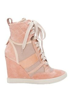 CHLOE Taupe Wedge Sneakers Love these colors. Weird Fantasy: wish I was a hip hop artist High Top Wedge Sneakers, High Heels, Stilettos, Pink Shoes, Shoes Heels, Chloe Wedges, Wedges Outfit, Latest Shoe Trends, Sneaker Heels