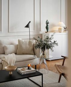 Beige Living Rooms, Small Living Rooms, Home Living Room, Apartment Living, Living Room Designs, Living Room Decor, Interior Exterior, Interior Design, Living Room Inspiration