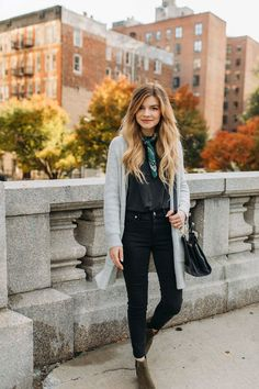 jessica whitaker madewell street style fall new york city // Discovered by City Outfits, Fall Fashion Outfits, Fall Fashion Trends, Fasion, Fashion Bloggers, Fashion Brands, Fashion Dresses, New York Street Style, Autumn Street Style
