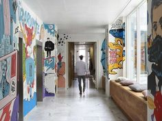 Graffiti-Clad Workspaces - The JWT Amsterdam Office Interior Embraces Artful Creativity (GALLERY)