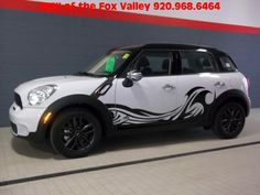 MINI Countryman - Love these graphics!