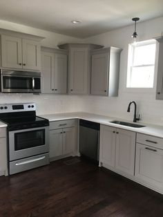 Grey Cabinets Black Appliances Silver Hardware Full Tile - Silver grey kitchen cabinets