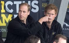 Princes William and Harry, perhaps joking around, Photo taken at London& Invictus Games, September Prince William might just have been pointing somewhere unawares when this photo was taken, creating this funny image. Prince Harry Of Wales, Prince William And Harry, Prince Harry And Meghan, Prince Henry, Diana Spencer, Invictus Games, Royal Life, Princess Kate, Lady Diana